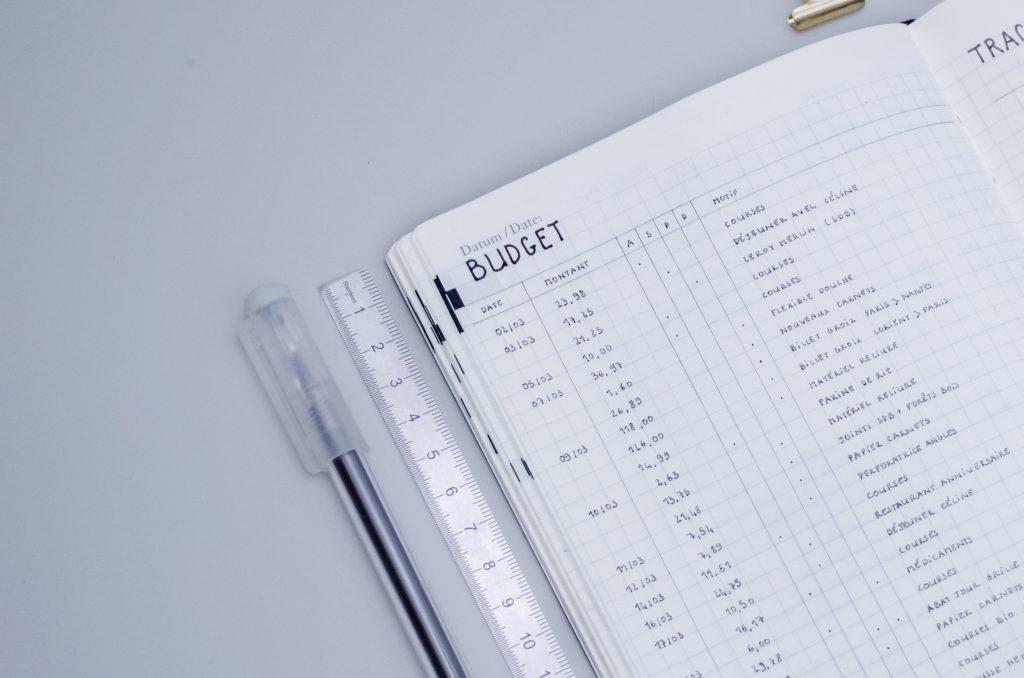 suivi des dépenses dans collection mensuelle