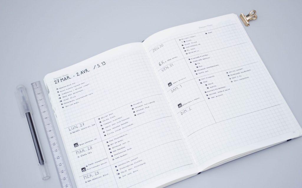 page hebdomadaire Bullet Journal, modèle horizontal minimaliste, avec liste de tâches