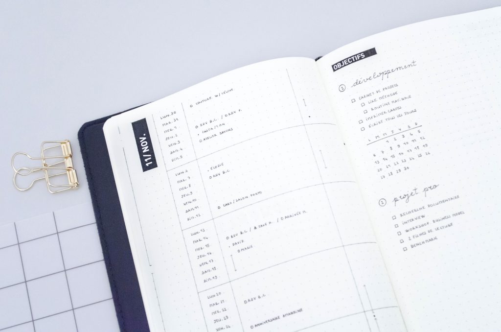 système d'organisation, planning mensuel, bullet journal monthly log, page mensuelle bullet journal